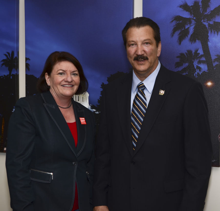 CSLEA President Alan Barcelona with California Assembly Speaker Toni Atkins at a luncheon held at Capitol Advocacy on Wednesday, April 29, 2015.