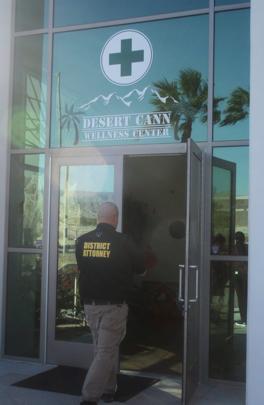 Riverside County Busts Illegal Cannabis Dispensary